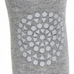 GoBabyGo Tights Grey Melange_ close up knee.jpg